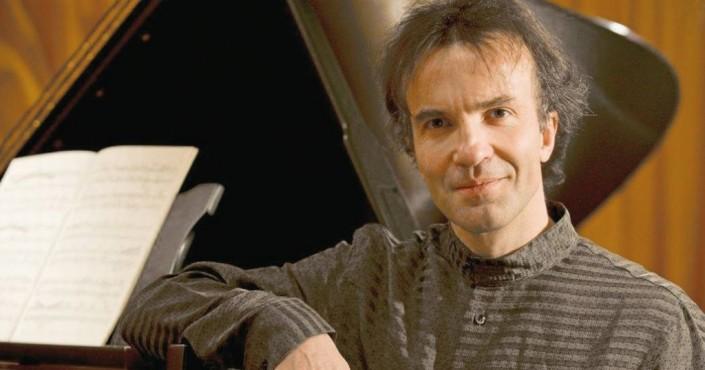 Vovka Ashkenazy: lezione-concerto sulla tecnica pianistica