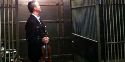 """A documentary on the robbery of the """"1715 Lipinski"""" Stradivarius will be presented at Tribeca Film Festival"""